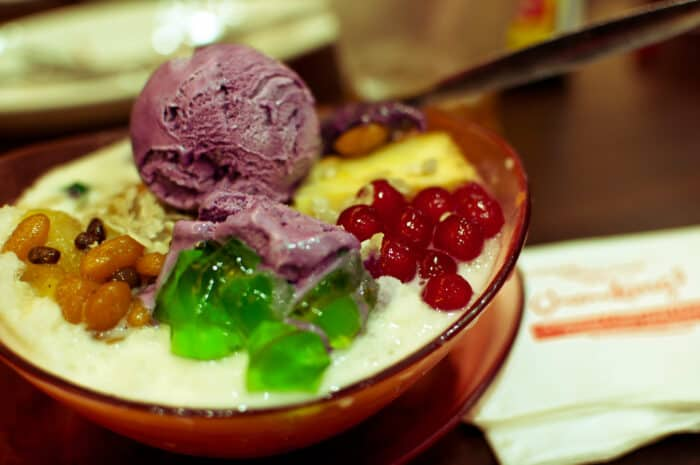 Halo-halo in bowl